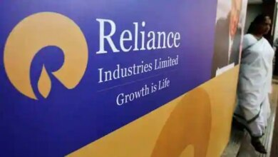 Nomura believes that bulk of recent RIL stock outperformance is driven by investors' positive stance on new energy which attracts high environment social governance investor interest.