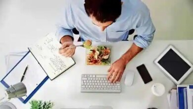 Shorter work week: Workers and managers used simple techniques to maintain productivity while cutting back on time in the office